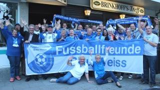 Gruppenfoto des Fanclubtreffens in Essen