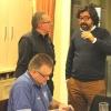 Thomas und Andy (Vordergrund) beim Dialog mit dem Pressesprecher des Dachverbandes